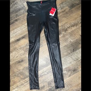 Spanx Faux Leather Leggings BNWT size Small